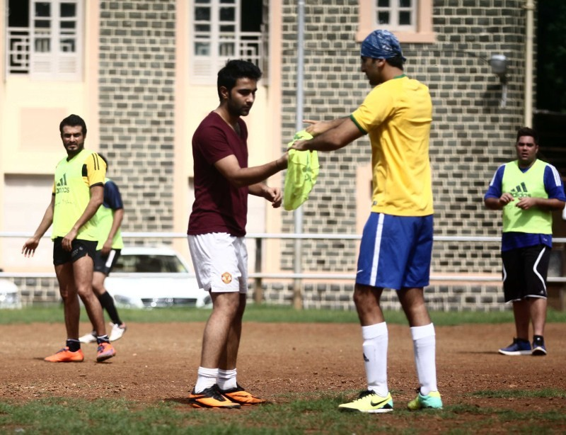 Ranbir Kapoor,Abhishek Bachchan,Ranbir Kapoor,Abhishek Bachchan & others snapped playing football,Ranbir Kapoor snapped playing football,Abhishek Bachchan snapped playing football,celebs playing football,Ranbir Kapoor,Abhishek Bachchan,Ranbir Kapo