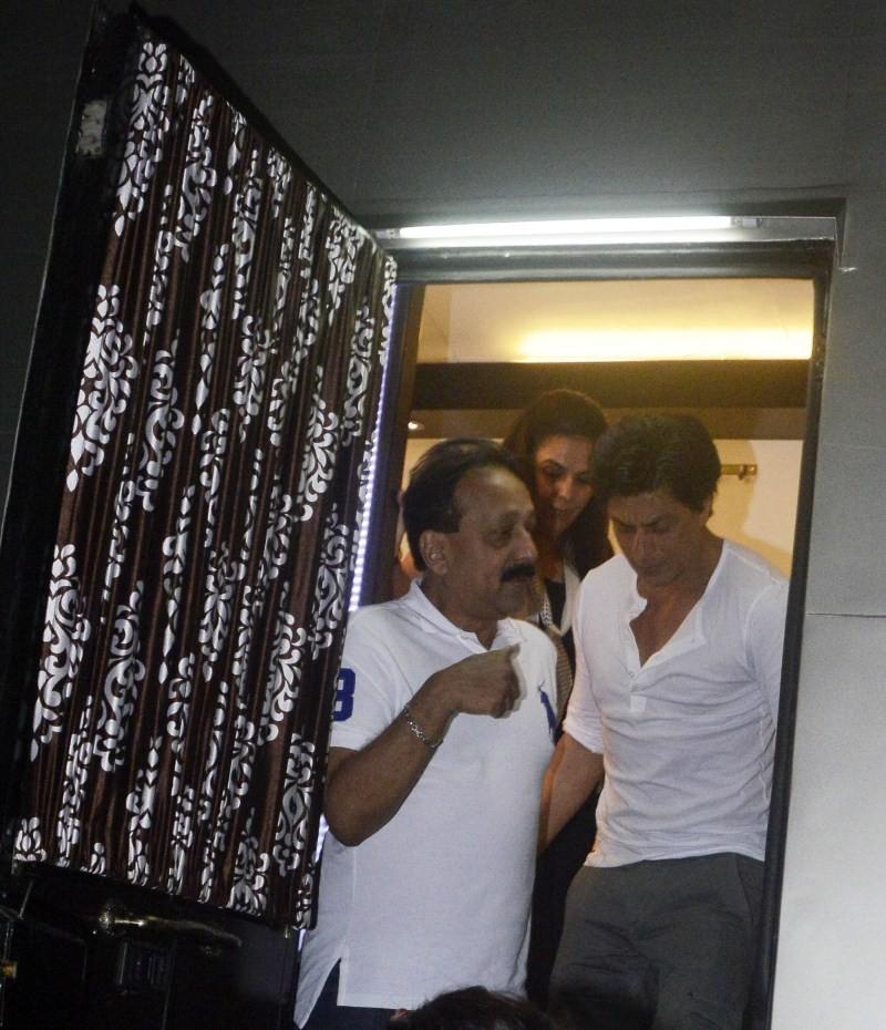 Baba Siddique invites Shahrukh & Salman Khan to Iftar Dinner,Shahrukh & Salman Khan Iftar Dinner,Shahrukh Iftar Dinner,Salman Khan Iftar Dinner,Baba Siddique,Baba Siddique invites SRK & Salman