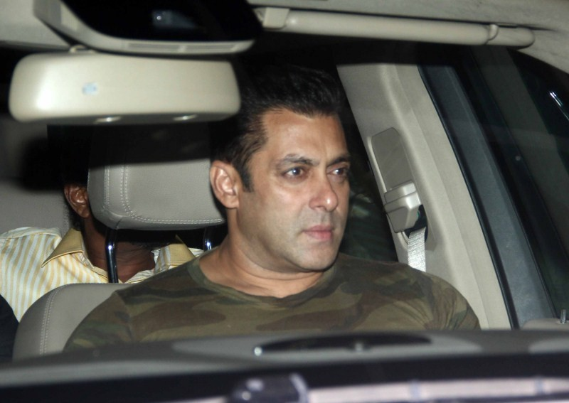 Salman Khan,actor Salman Khan,Salman Khan snapped at Lightbox,Salman Khan pics,Salman Khan images,Salman Khan photos,Salman Khan stills,Salman Khan pictures,Salman Khan new pics