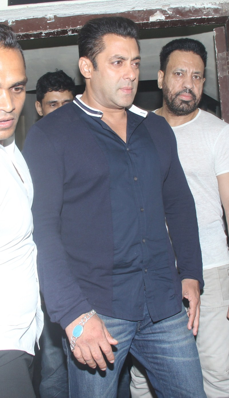 Bajrangi Bhaijaan Screening,Salman Khan,Bajrangi Bhaijaan Screening at PVR,Salman Khan at Bajrangi Bhaijaan Screening at PVR,Salman Khan pics,Salman Khan images,Salman Khan photos,Salman Khan stills,Bajrangi Bhaijaan,Bajrangi Bhaijaan movie,Bajrangi Bhaij