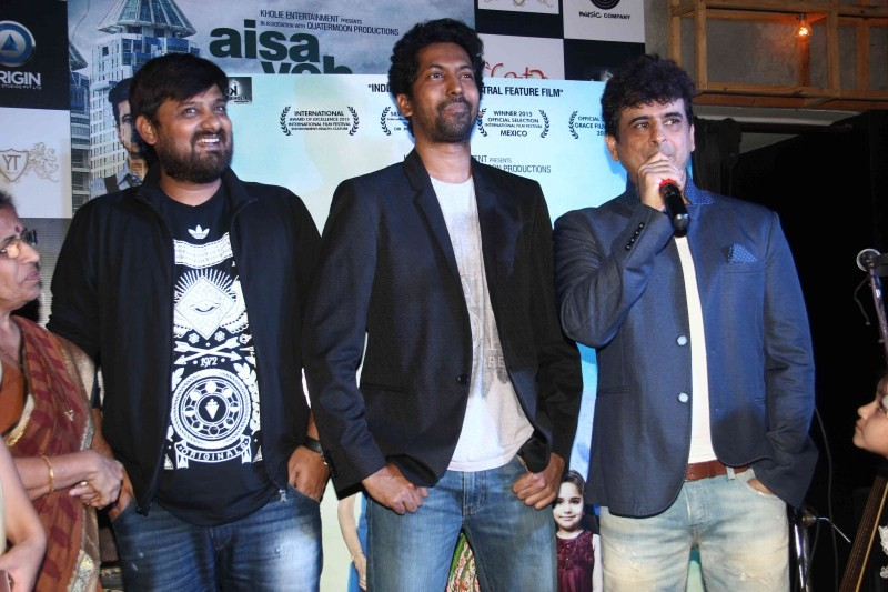 Aisa Yeh Jahaan Music Launch,Aisa Yeh Jahaan,bollywood movie Aisa Yeh Jahaan,Aisa Yeh Jahaan Music Launch pics,Aisa Yeh Jahaan Music Launch images,Aisa Yeh Jahaan Music Launch photos,Aisa Yeh Jahaan Music Launch stills,Aisa Yeh Jahaan Music Launch picture