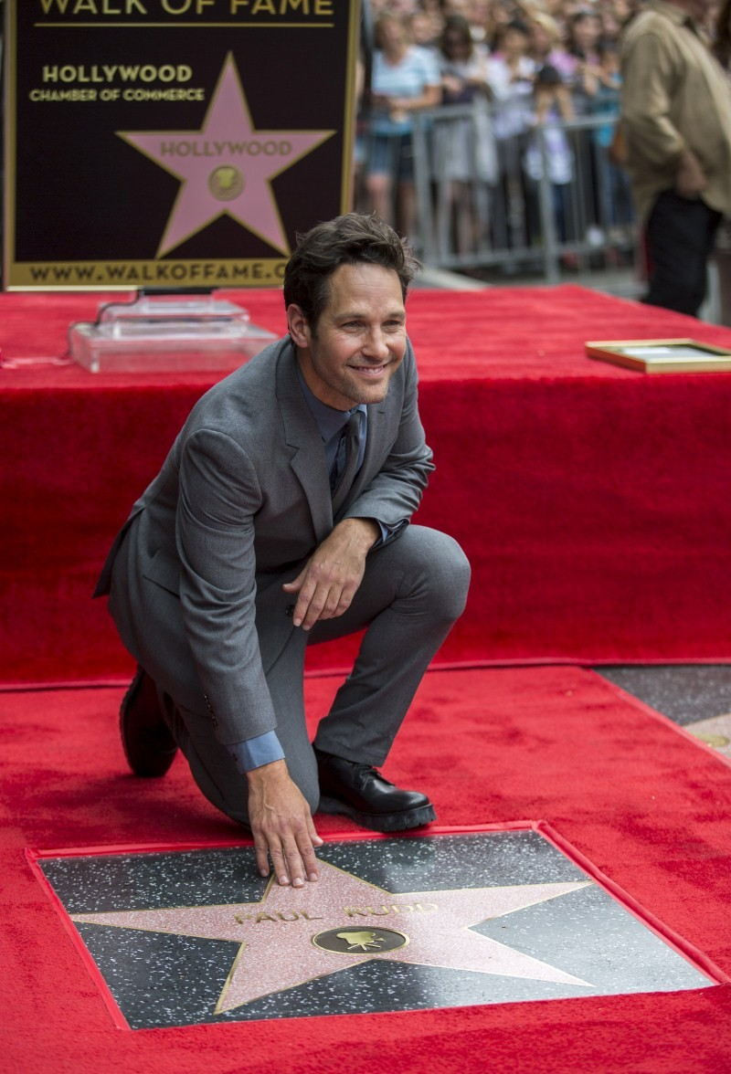 Paul Rudd,Actor Paul Rudd,Walk of Fame,Walk of Fame in Hollywood,Fame star Paul Rudd,Paul Rudd pics,Paul Rudd images,Paul Rudd photos,Paul Rudd stills,Paul Rudd pictures,Actor Adam Scott,Adam Scott