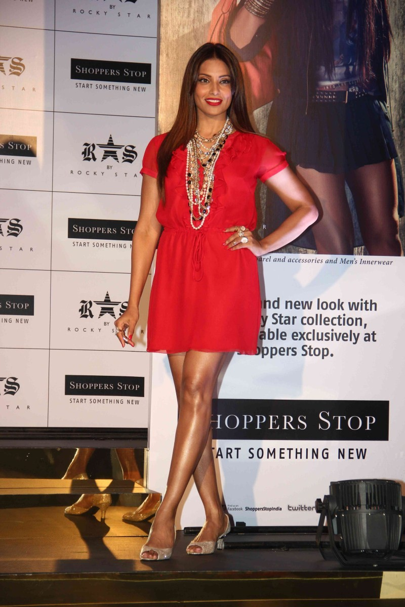 Bipasha Basu,actress Bipasha Basu,Bipasha Basu Latest Pics,Bipasha Basu Latest images,Bipasha Basu Latest photos,Bipasha Basu Latest stills,Bipasha Basu pics,Bipasha Basu images,Bipasha Basu photos,Bipasha Basu stills