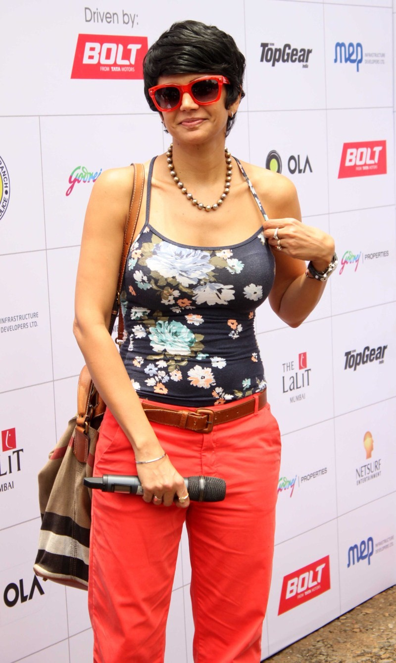 Mandira Bedi,actress Mandira Bedi,Mandira Bedi Latest pics,Mandira Bedi Latest Images,Mandira Bedi Latest stills,Mandira Bedi Latest photos,Mandira Bedi Latest pictures,Mandira Bedi pics