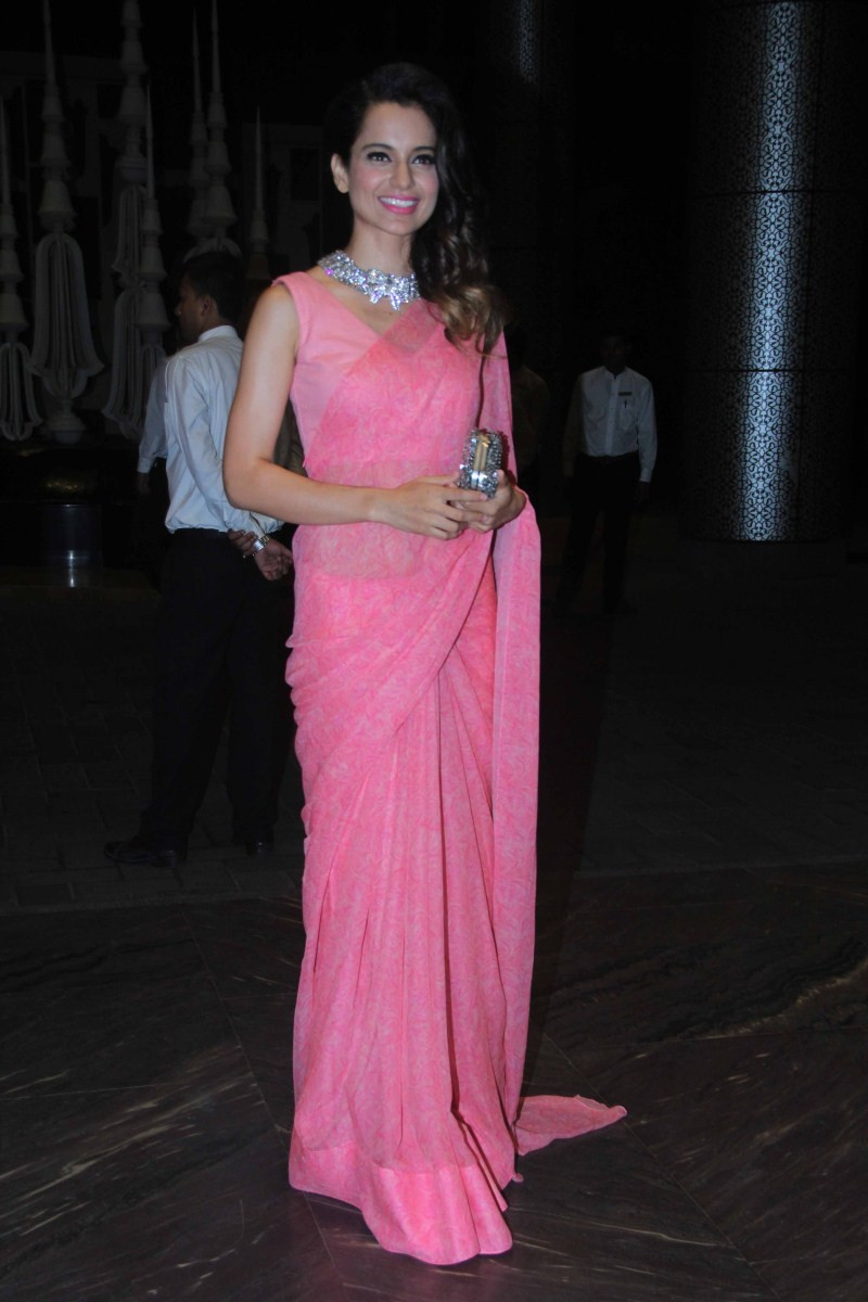 Kangana Ranaut at Shahid Kapoor Wedding Reception,Kangana Ranaut,actress Kangana Ranaut,Shahid Kapoor Wedding Reception,Shahid Kapoor Wedding Reception pics,Shahid Kapoor Wedding Reception images,Shahid Kapoor Wedding Reception photos,Shahid Kapoor Weddin