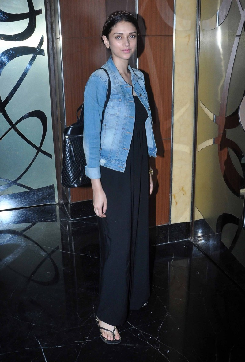 Aditi Rao Hydari spotted at PVR Juhu,Aditi Rao Hydari,Aditi Rao Hydari spotted at PVR,Actress Aditi Rao Hydari,Aditi Rao Hydari latest pics,Aditi Rao Hydari latest images,Aditi Rao Hydari latest photos,Aditi Rao Hydari latest pictures,Aditi Rao Hydari lat