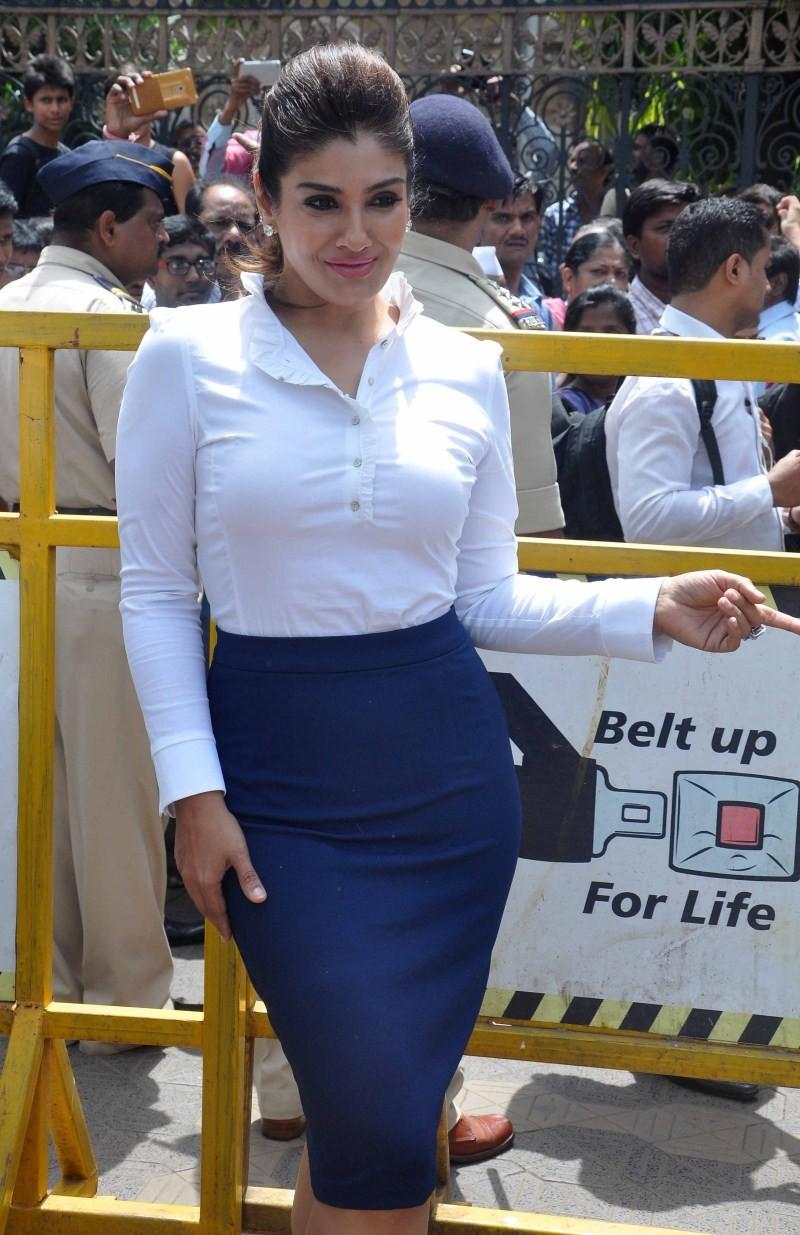 Raveena Tandon,actress Raveena Tandon,Raveena Tandon Latest Pics,Raveena Tandon Latest images,Raveena Tandon Latest photos,Raveena Tandon Latest stills,Raveena Tandon Latest pictures