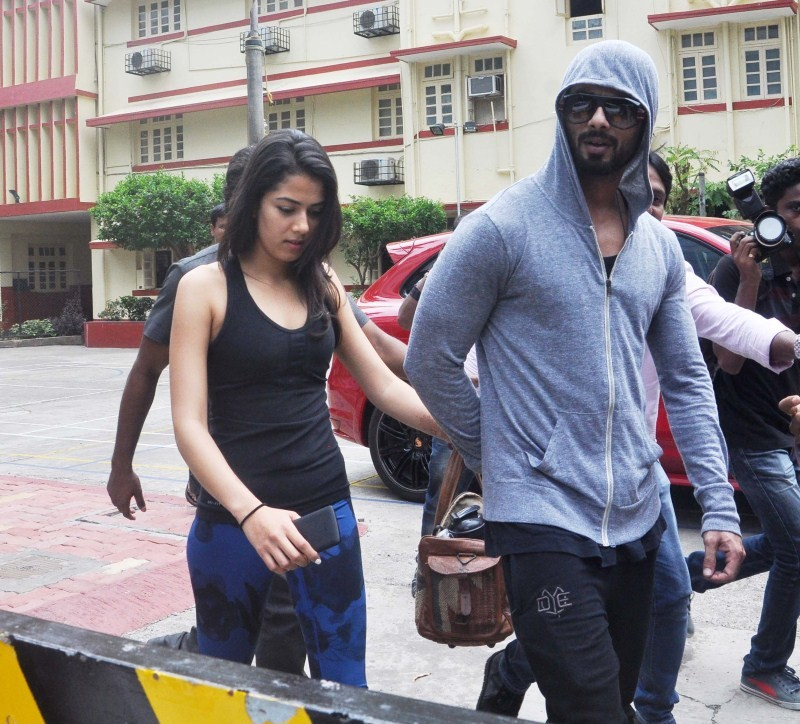 Shahid Kapoor and Mira Rajput,Shahid Kapoor and Mira Rajput Latest Pics,Shahid Kapoor and Mira Rajput Latest images,Shahid Kapoor and Mira Rajput Latest photos,Shahid Kapoor and Mira Rajput Latest stills,Shahid Kapoor and Mira Rajput Latest pictures,Shahi