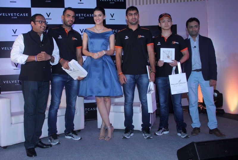 Kriti Sanon launches velvet case.com,Kriti Sanon,velvet case.com,Actress Kriti Sanon,Kriti Sanon latest pics,Kriti Sanon latest images,Kriti Sanon latest photos,Kriti Sanon latest stills,Kriti Sanon latest pictures