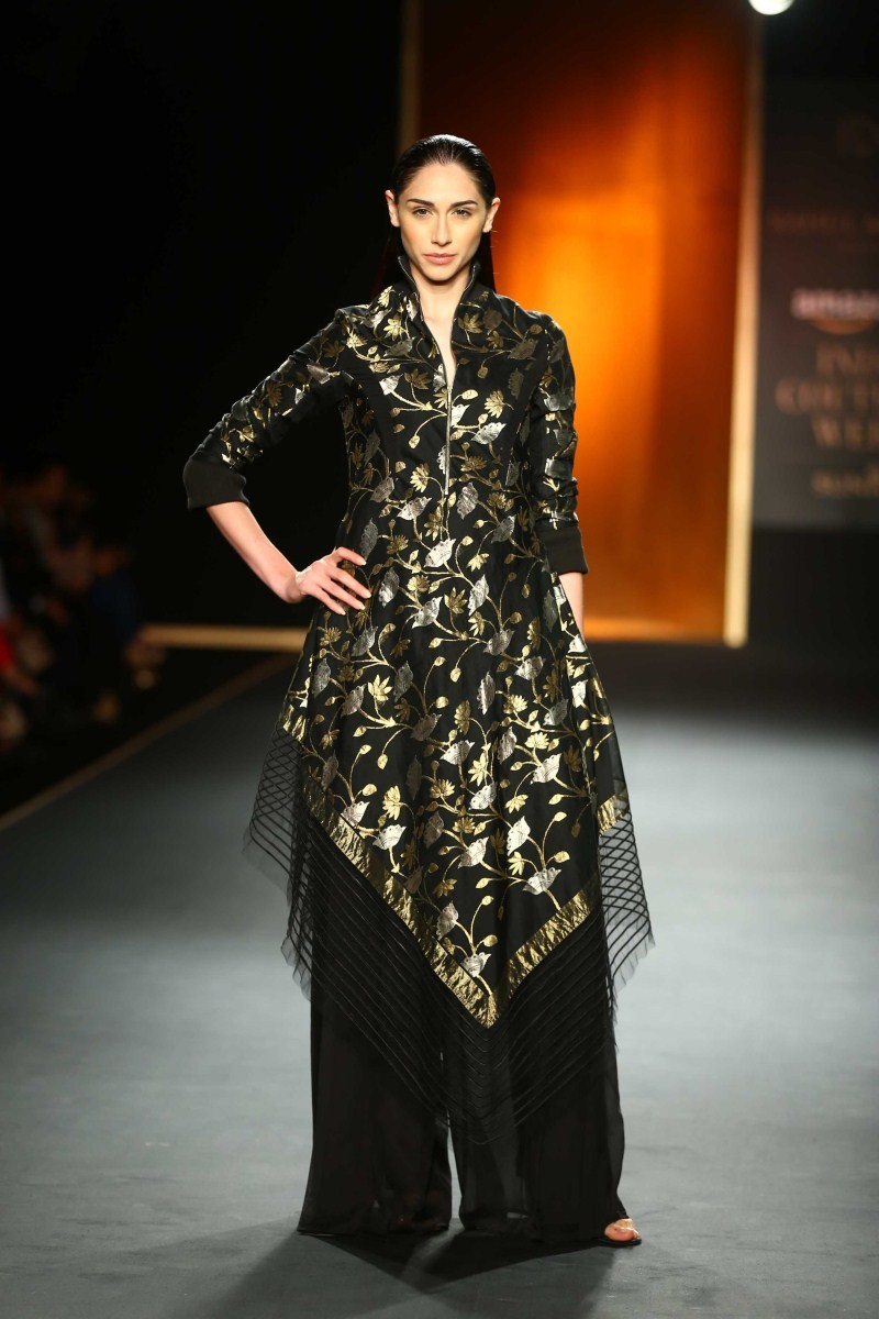 AICW 2015 Day 2,AICW 2015 Day 2: Rahul Mishra's show,Rahul Mishra's show,Rahul Mishra's show AICW,AICW 2015,AICW 2015 Day 2 pics,AICW 2015 Day 2 images,AICW 2015 Day 2 photos,AICW 2015 Day 2 stills,AICW 2015 Day 2 pictures,Amazon India Cout