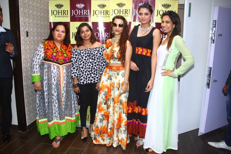 Tia Bajpai Launches Johri by Amaze Jewels Diamond,Tia Bajpai,Johri by Amaze Jewels Diamond,Amaze Jewels Diamond,actress Tia Bajpai,Tia Bajpai latest pics,Tia Bajpai latest images,Tia Bajpai latest photos,Tia Bajpai latest stills,Tia Bajpai latest pictures