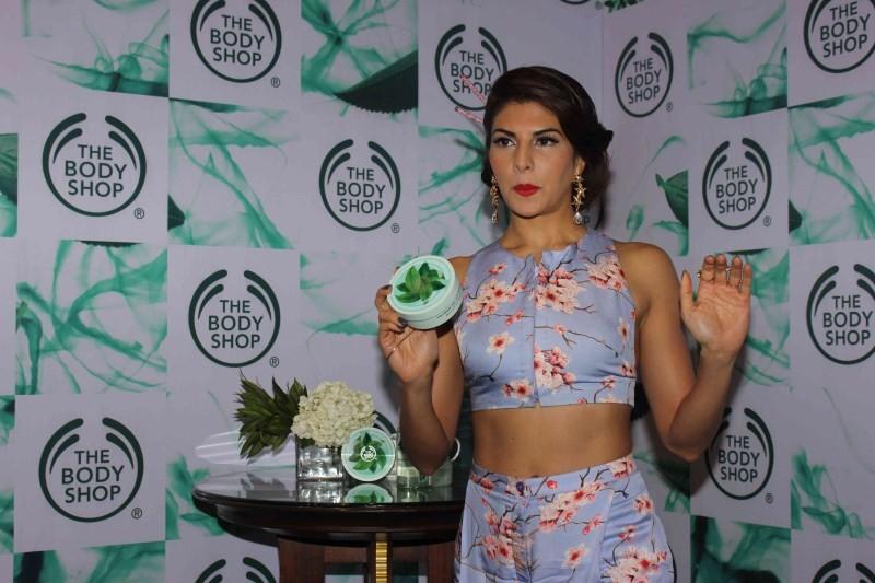 Jacqueline Fernandez,actress Jacqueline Fernandez,Jacqueline Fernandez Launches The New Body Shop,The New Body Shop,Jacqueline Fernandez latest pics,Jacqueline Fernandez latest images