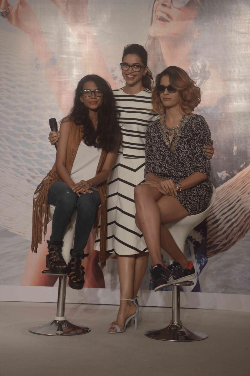 Deepika Padukone,Capsule collection of Vogue Eyewear,Deepika Padukone launches of new Capsule collection of Vogue Eyewear,actress Deepika Padukone,Deepika Padukone latest pics,Deepika Padukone latest images,Deepika Padukone latest photos,Deepika Padukone