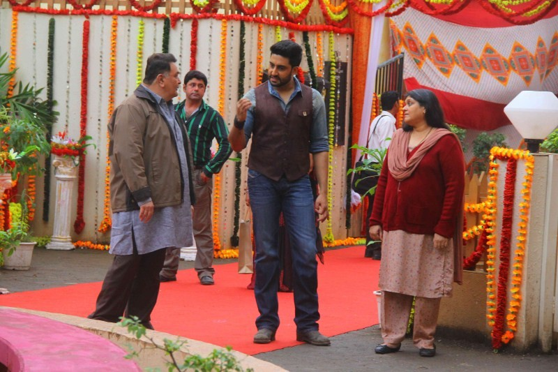 All is Well Movie Promotion,All is Well Promotion,All is Well,Badi Door Se Aye Hain,Abhishek Bachchan,Supriya Pathak,Rishi Kapoor