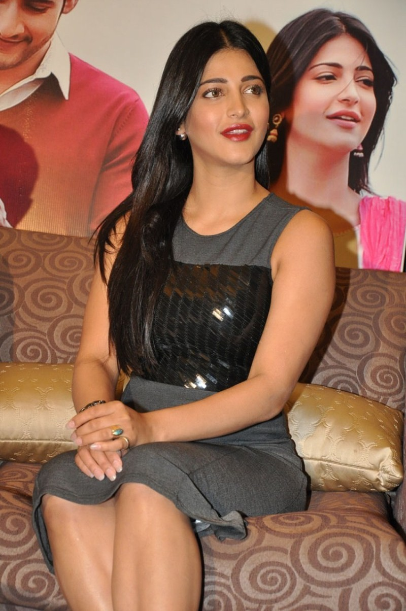 Shruti Haasan,Srimanthudu Success Meet,Actress Shruti Haasan,Srimanthudu,Shruti Haasan latest pics,Shruti Haasan latest images,Shruti Haasan latest photos,Shruti Haasan latest stills,Shruti Haasan latest pictures