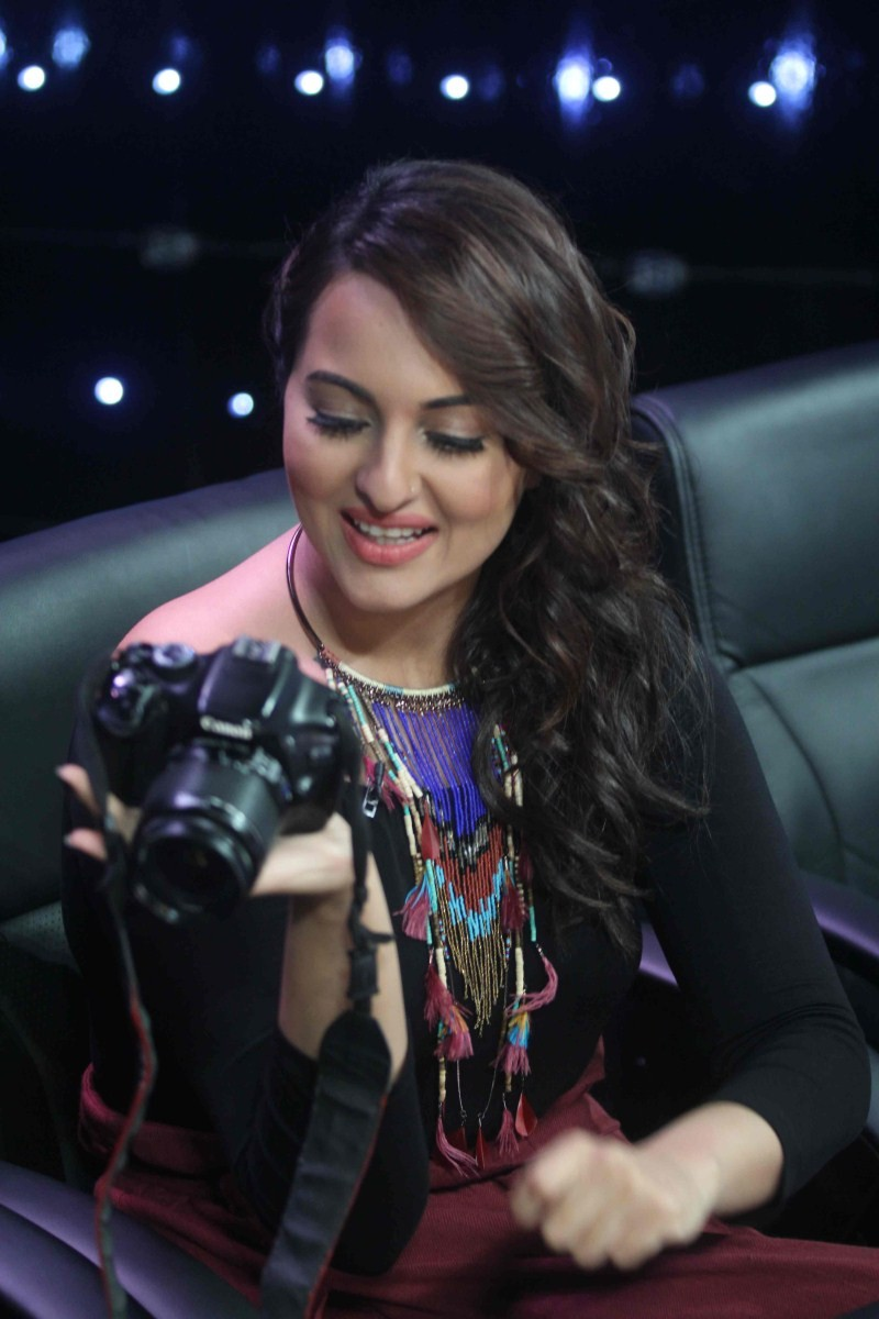 Sonakshi Sinha,actress Sonakshi Sinha,Sonakshi Sinha Latest Pictures,Sonakshi Sinha Latest pics,Sonakshi Sinha Latest images,Sonakshi Sinha Latest photos,Sonakshi Sinha Latest stills,Sonakshi Sinha Latest gallery