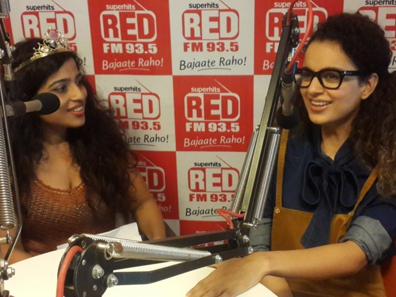 Imran khan,Kangana,Kangana Ranaut,Katti Batti,Katti Batti movie promotion,Katti Batti at Radio Station,Imran and Kangana,Katti Batti movie promotion pics,Katti Batti movie promotion images,Katti Batti movie promotion photos,Katti Batti movie promotion sti