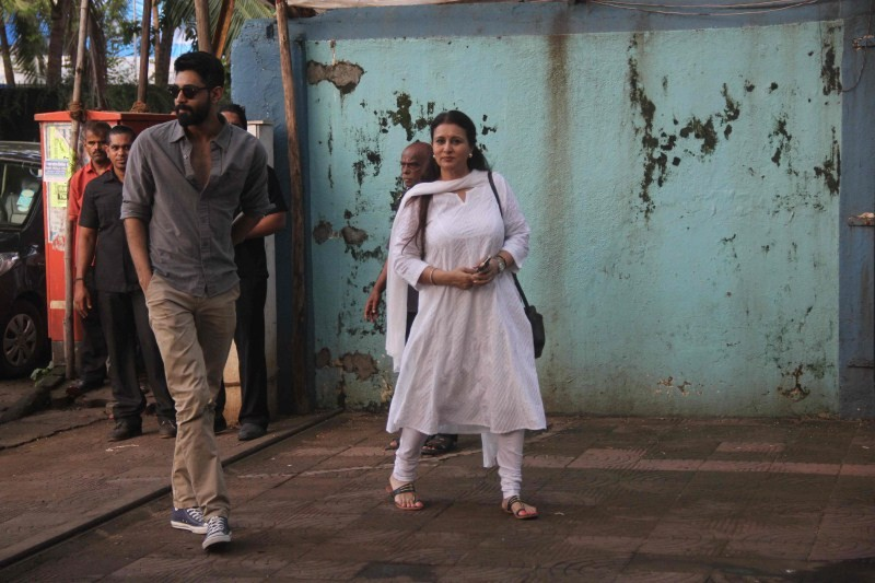 Shraddha Kapoor,Shraddha Kapoor's family at her grandfather Prayer Meet,Actress Shraddha Kapoor,bollywood Actress Shraddha Kapoor,Shraddha Kapoor latest pics,Shraddha Kapoor latest images,Shraddha Kapoor latest photos,Shraddha Kapoor latest pictures
