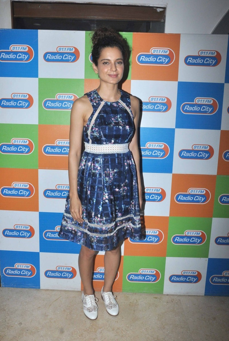 Imran Khan,Kangna Ranaut,Katti Batti movie promotion,Katti Batti movie promotion at Radio City 91.1 FM,Katti Batti,Imran Khan and Kangna Ranaut,Kangna Ranaut latest pics,Kangna Ranaut latest images,Kangna Ranaut latest photos,Kangna Ranaut latest pictures