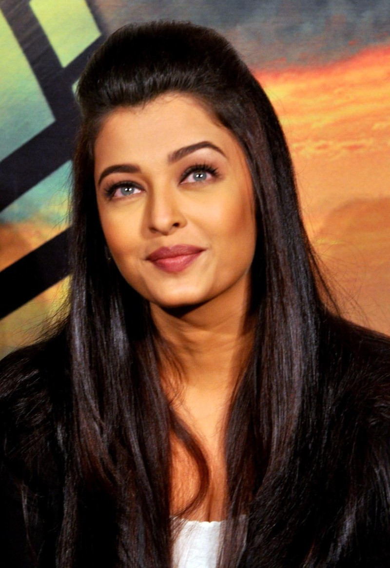 Aishwarya Rai Bachchan Latest Pictures