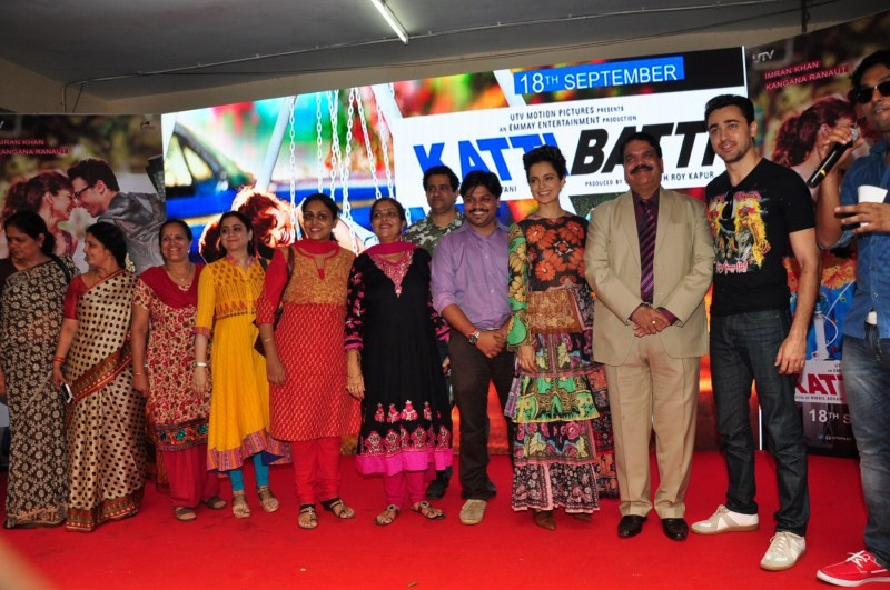 Kangana Ranaut,Imran Khan,Katti Batti,Katti Batti movie promotion,Katti Batti movie promotion at MMK College,Imran and Kangna