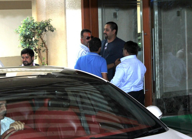Sanjay Dutt,actor Sanjay Dutt,Sanjay Dutt gets parole yet again,Sanjay Dutt gets parole,Sanjay Dutt latest pics,Sanjay Dutt latest images,Sanjay Dutt latest photos,Sanjay Dutt latest stills,Sanjay Dutt latest pictures,Sanjay Dutt latest gallery,Yerwada Ja