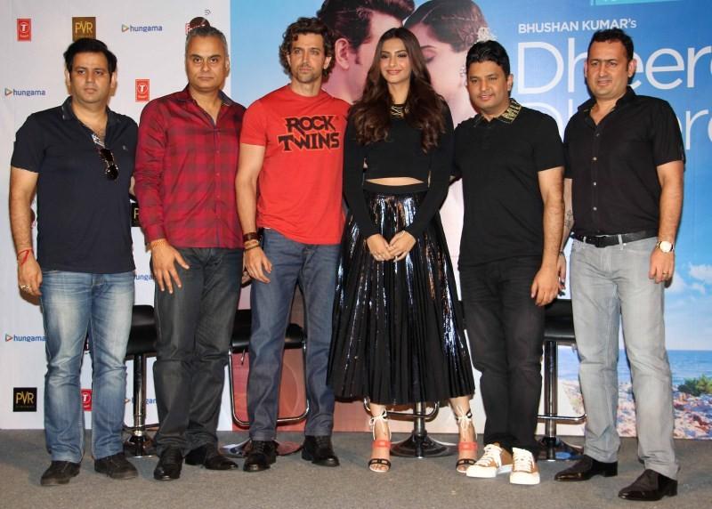 Hrithik Roshan,Sonam Kapoor,Dheere Dheere Se Song,Dheere Dheere Se,Hrithik Roshan launch Dheere Dheere Se Song,Sonam Kapoor launch Dheere Dheere Se Song