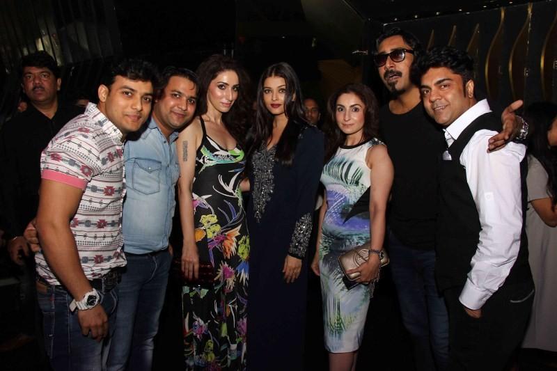Aishwarya Rai Bachchan,Aishwarya Rai,Jazbaa wrap party,Jazbaa,Aishwarya Rai at Jazbaa wrap party,Aishwarya Rai latest pics,Aishwarya Rai latest images,Aishwarya Rai latest photos,Aishwarya Rai latest stills,Aishwarya Rai latest pictures