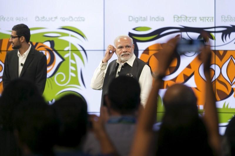 Narendra Modi,modi,Indian Prime minister,PM Modi meets Google CEO Sundar Pichai,Google CEO Sundar Pichai,Sundar Pichai,Modi meets Sundar Pichai,Google headquarters,Silicon Valley tour,Silicon Valley