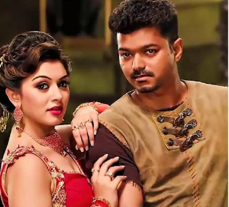 Ilayathalapathy Vijay,vijay,vijay in puli,puli,Reasons to watch Ilayathalapathy Vijay's Puli,Sudeep,Sridevi,Shruti Haasan,Hansika Motwani,Prabhu,Nandita Swetha