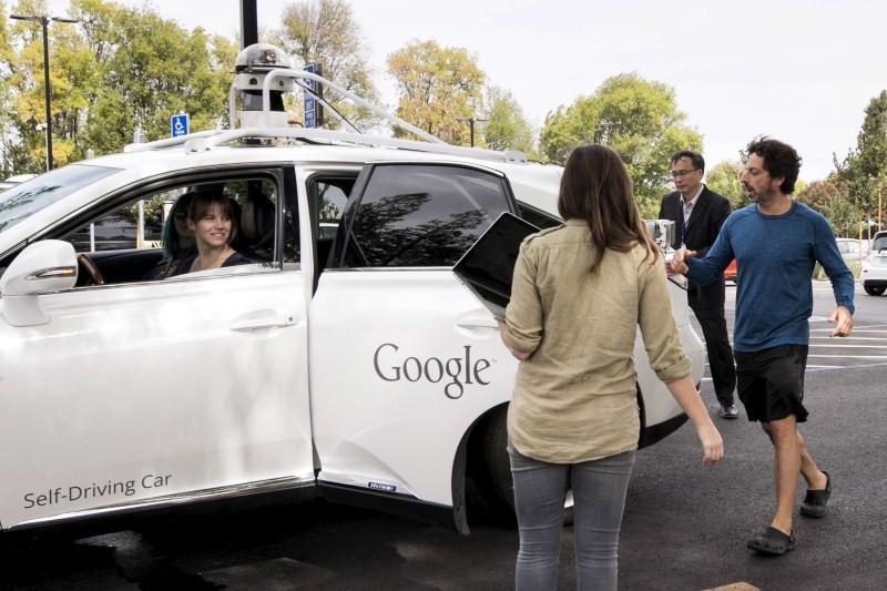 Google self-driving car,Google self-driving car prototype,Google self-driving car prototype preview,Google self-driving car prototype meets the press,Meet Google's self-driving car
