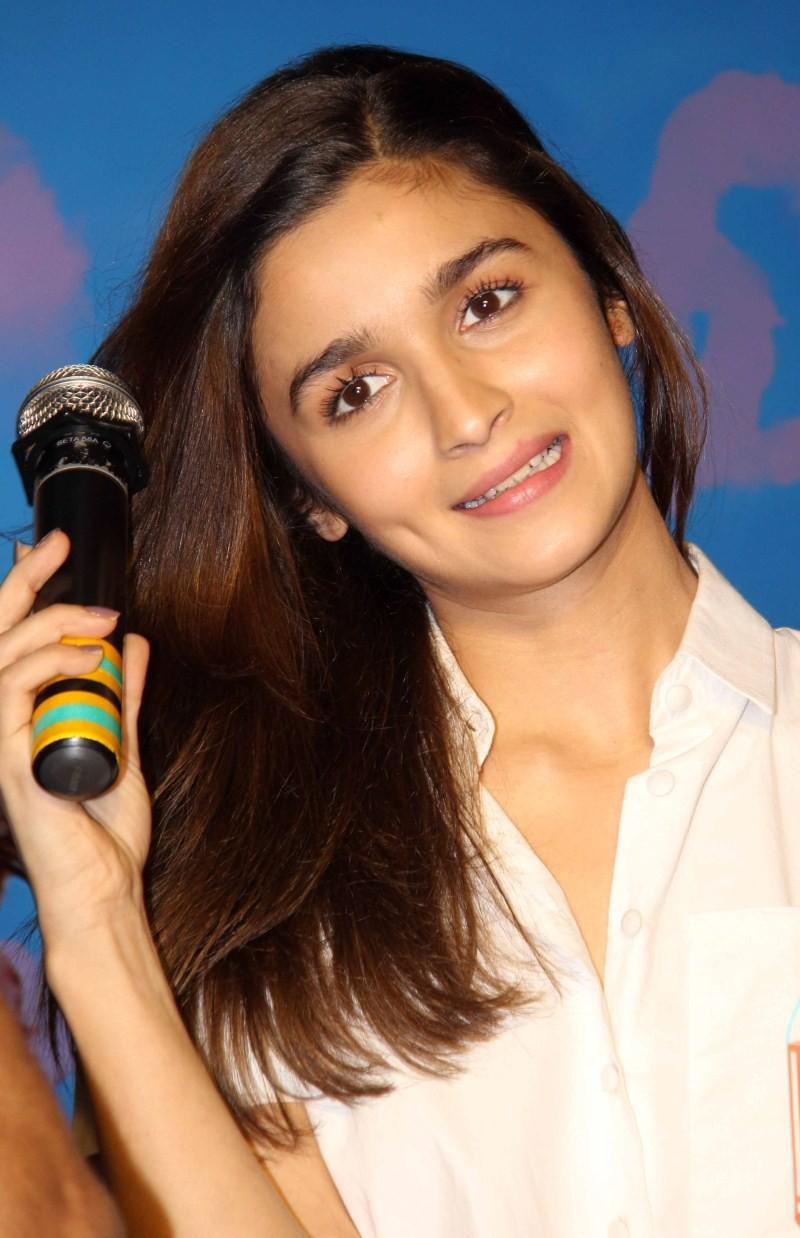 Shaandaar,Shahid Kapoor,Alia Bhatt,Shahid Kapoor and Alia Bhatt,Neend Na Mujhko Aaye,Neend Na Mujhko Aaye song