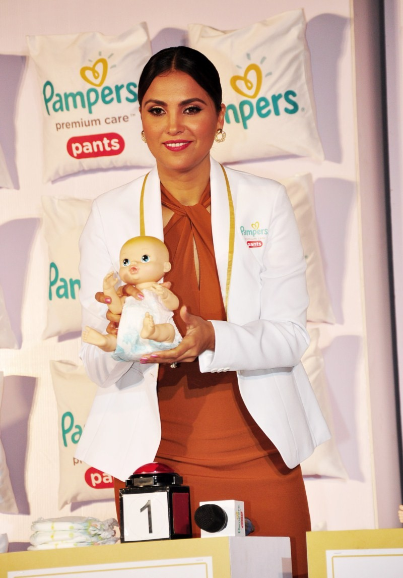 Lara Dutta,Mandira Bedi,Pampers Premium Care Pants,Pampers Premium,P&G
