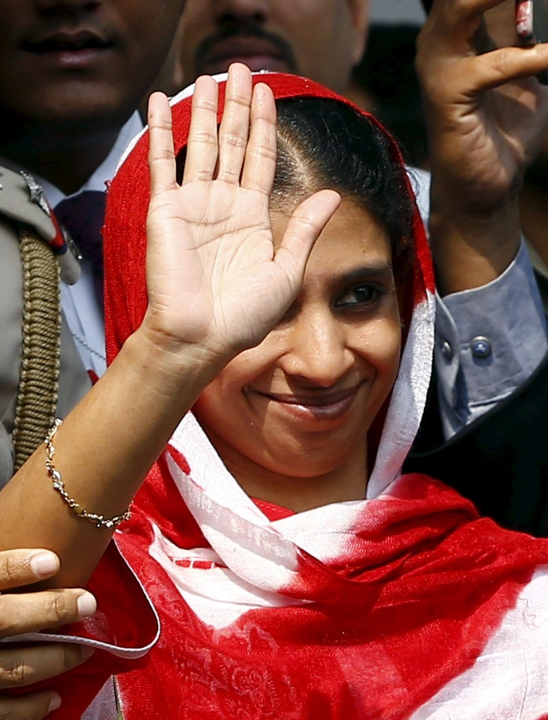 Geeta,Geeta lands in Delhi,Geeta lands in Delhi from Pakistan,Deaf-mute Geeta,IGI airport in Delhi,IGI airport