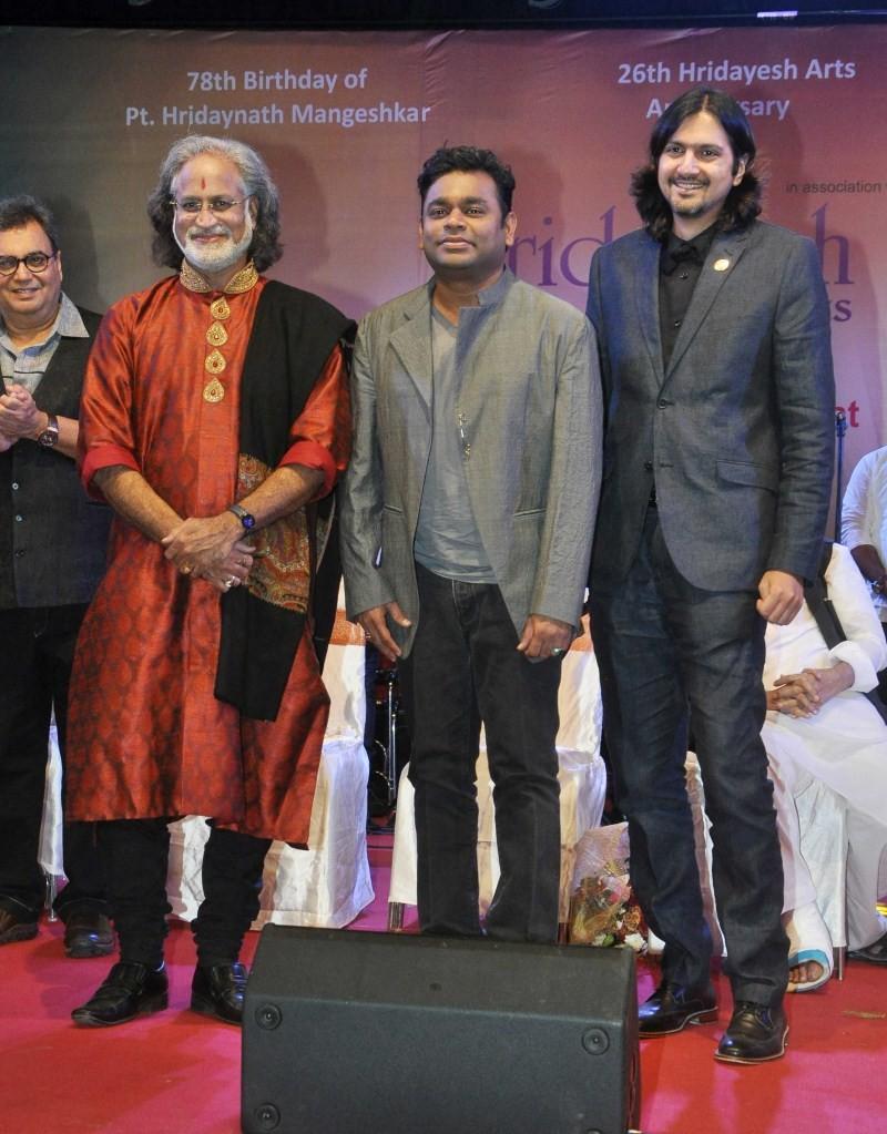 AR Rahman,AR Rahman receives Hridaynath Mangeshkar Award,Hridaynath Mangeshkar Award,Hridaynath Mangeshkar,Hridaynath Mangeshkar Award for AR Rahman,Subhash Ghai,Music maestro AR Rahman