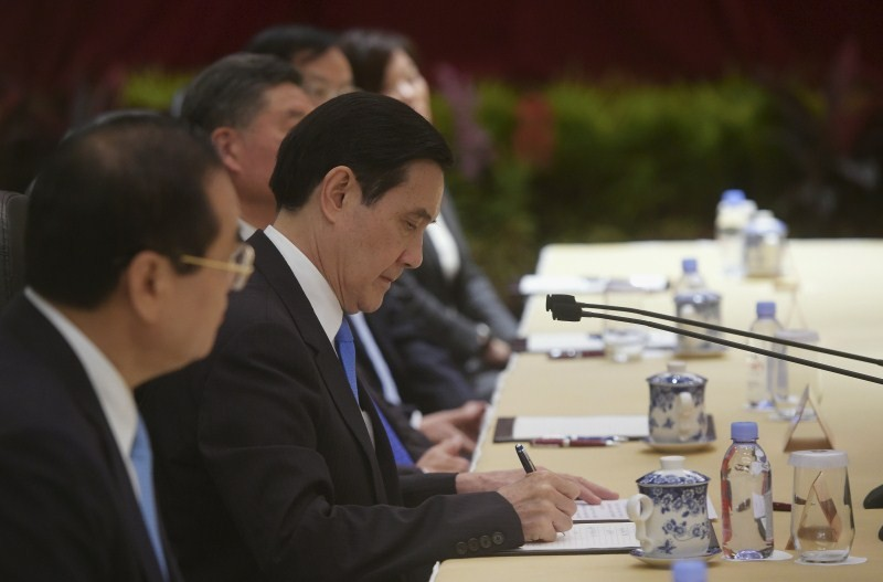China and Taiwan's Historic Meeting,China and Taiwan Meeting,China's President Xi Jinping,Taiwan's President Ma Ying-jeou,Beijing sentiment,summit in Singapore