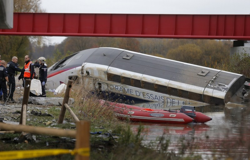 French train derails,French train derails on test run,train derails on test run,Paris to Strasbourg,trial train