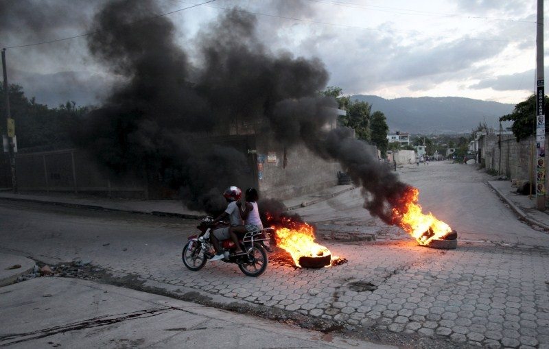 Protests over election results in Haiti turn violent,Protests in Haiti,Protests over election results,Haiti turn violent,Violent protests