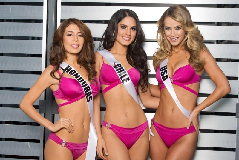 Miss India 2015,Miss India,Miss India 2015 Urvashi Rautela,Urvashi Rautela,Miss Colombia 2015,Ariadna Gutierrez-Arevalo,Miss Philippines,Pia Alonzo Wurtzbach