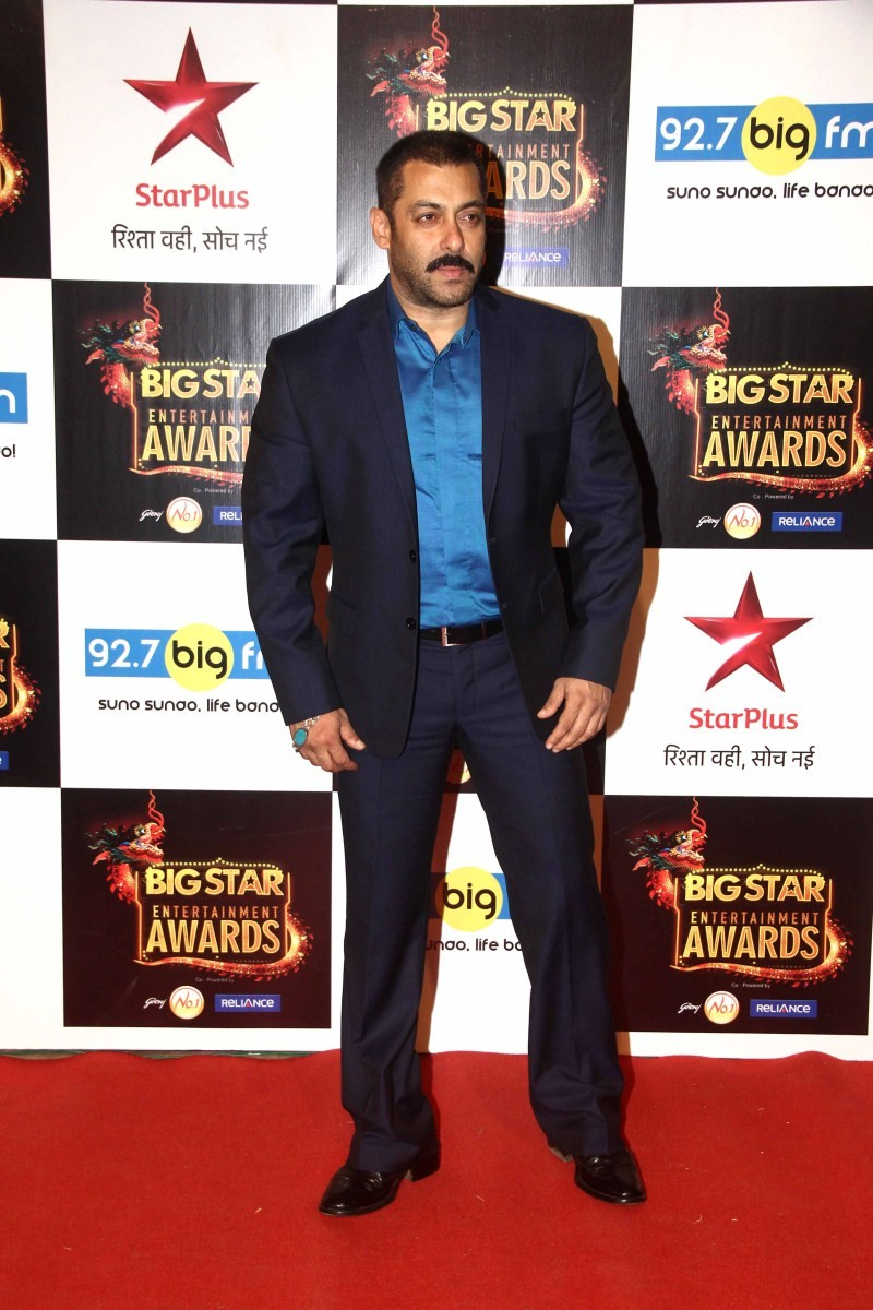 Big Star Entertainment Awards,Big Star Entertainment Awards 2015,Salman Khan,Deepika Padukone,Ranveer Singh,Akshara Hassan,Anil Kapoor,Athiya Shetty,Elli Avram,Gautam Gulati,Harshaali Malhotra,Kainaat Arora,Madhavan