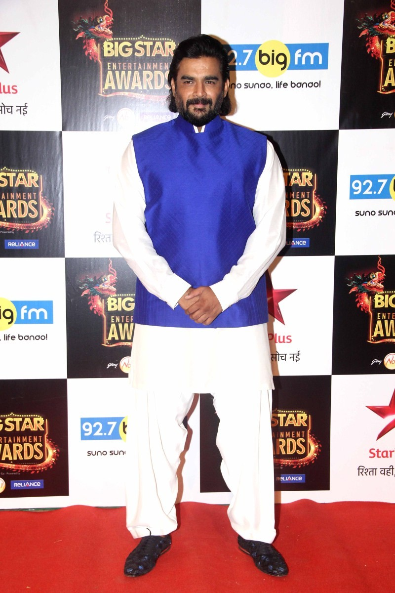 Big Star Entertainment Awards,Big Star Entertainment Awards 2015,Salman Khan,Deepika Padukone,Ranveer Singh,Akshara Hassan,Anil Kapoor,Athiya Shetty,Elli Avram,Gautam Gulati,Harshaali Malhotra,Kainaat Arora,Madhavan