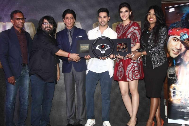 Shah Rukh Khan,Kajol,Varun Dhawan,Kriti Sanon,Rohit Shetty,Dilwale Music Celebration,Dilwale,Tukur Tukur,Tukur Tukur Song Launch