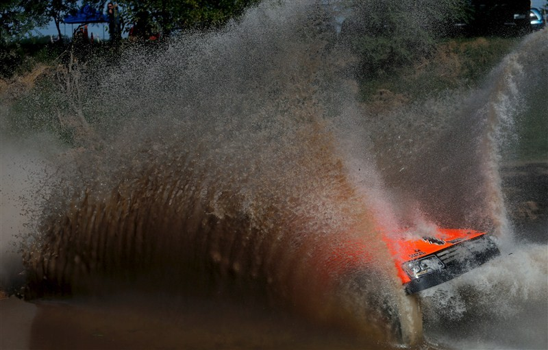 Dakar Rally,Dakar Rally 2016,bike rally,car rally,Dakar Rally pics,Dakar Rally images,Dakar Rally photos,Dakar Rally stills,Dakar Rally pictures