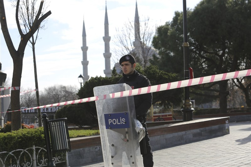 Major explosion at Istanbul,Istanbul,Istanbul explosion,Istanbul attack,Istanbul square,explosion,blast