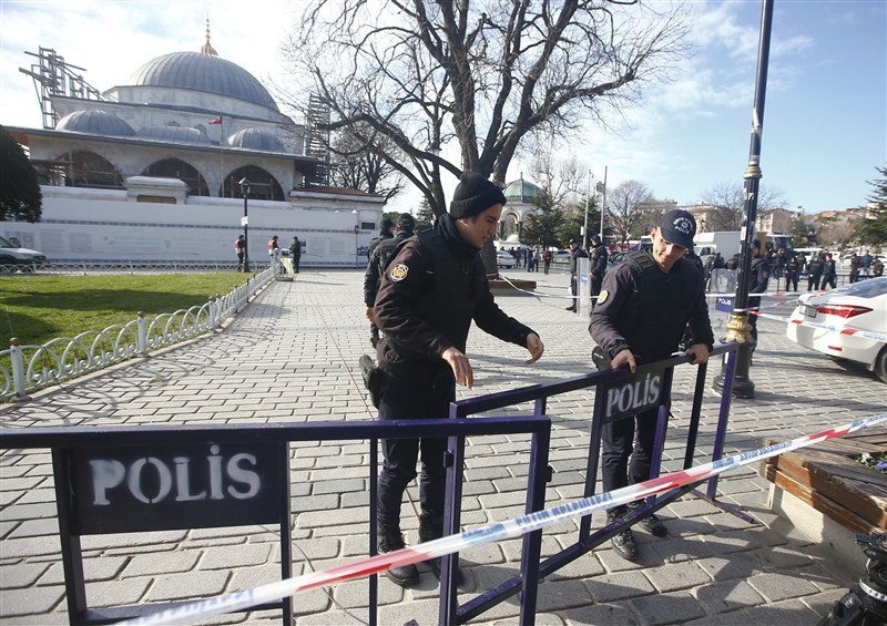Major explosion at Istanbul,Istanbul,Istanbul explosion,Istanbul attack,Istanbul square,explosion,blast