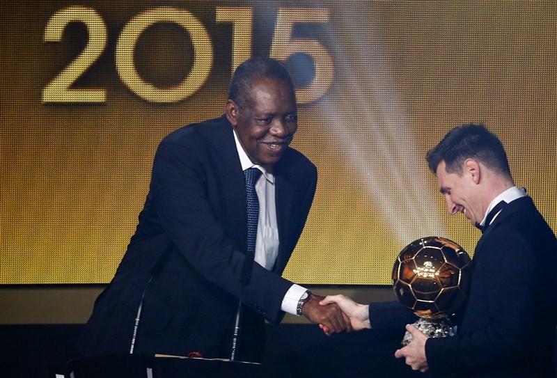 Lionel Messi,fifth FIFA Ballon d'Or award,Ballon d'Or award,footballer of the year,gala ceremony,Cristiano Ronaldo