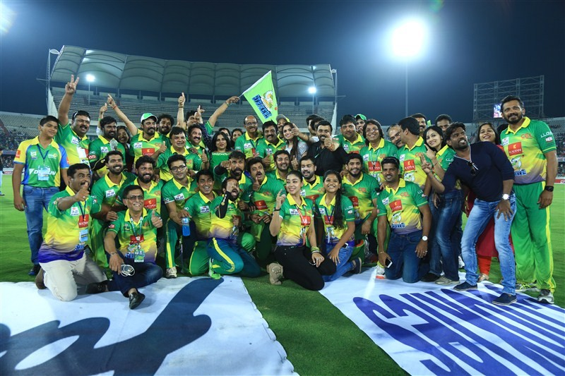 CCL 6,Kerala Strikers Vs Chennai Rhinos,Kerala Strikers Vs Chennai Rhinos Match,Kerala Strikers,Chennai Rhinos,CCL,CCl 2016,Celebrity Cricket League 6,Celebrity Cricket League,Celebrity Cricket League 2016,Sonia Agarwal,Nikesha Patel,Angana Roy,Sanam Shet