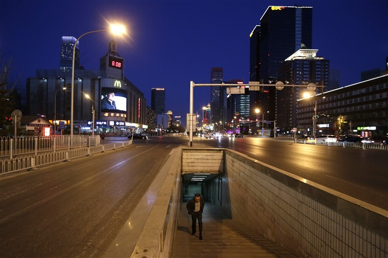 Chinese Lunar New Year,Lunar New Year,Chinese New Year,Lunar New Year leaves Beijing empty,Beijing,Beijing seems abandoned,Chinese new year 2016,Beijing during Chinese new years,Beijing during new year