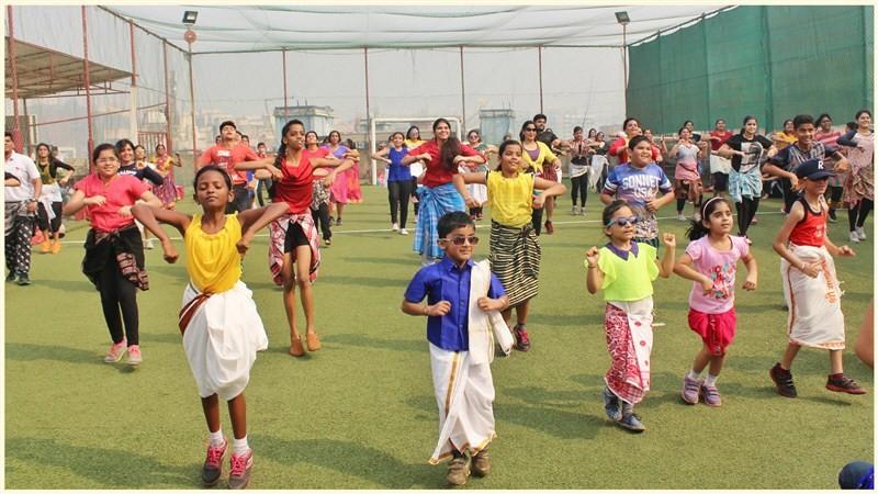 Rowdy,Rowdy dance,dance,Fitness takes a Tollywood turn via Rowdy,Fitness turn via Rowdy,Nikhilesh Pillay,Shashank Sanas,GAPA-Genesis Academy,new dance,lungi,lungi dance