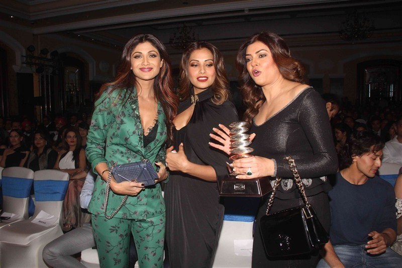 Geospa Asiaspa Awards,Asiaspa Awards,9th GeoSpa asiaSpa India Awards,9th GeoSpa asiaSpa,Shilpa Shetty,Bipasha Basu,Sushmita Sen,Madhavan,Randeep Hooda,Parineeta Sethi,Rekha,Tiger Shroff,Athiya Shetty,Upen Patel,Mandana Karimi
